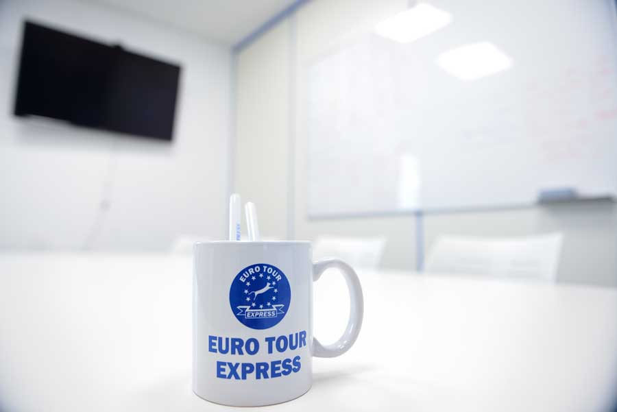 210210_euro_tour_41_express